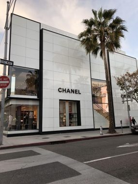 Loja da grife francesa Chanel, localizada na Rodeo Drive