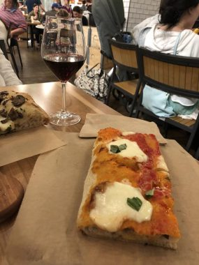 Pizza do Eataly em Los Angeles
