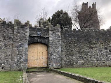 Portão restante da Medieval City