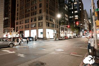 rua de nova york à noite
